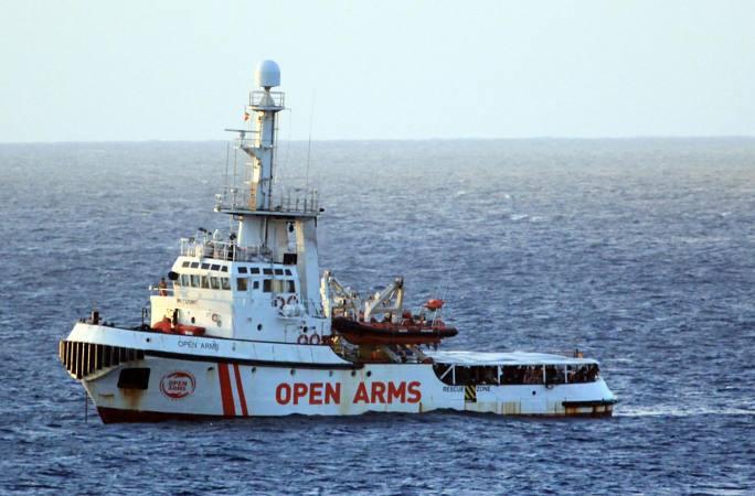 ایتالیا اجازه فرود 265 مهاجر نجات یافته توسط کشتی بشردوستانه Open Arms در مدیترانه را صادر کرد    بین المللی  اخبار