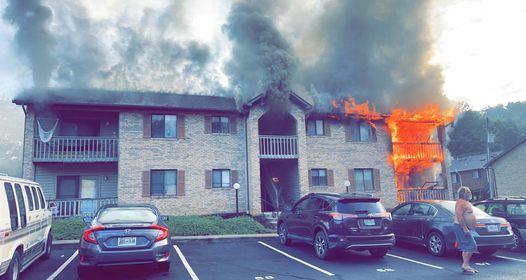 مرد کینگزپورت خانه به خانه می رفت تا به همسایگان در مورد آتش سوزی در یک ساختمان مسکونی هشدار دهد